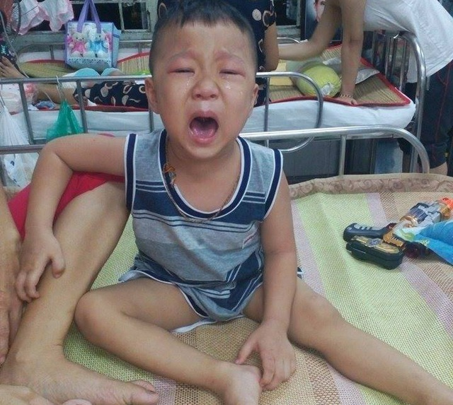 4 tuổi, Anh Hào đã có thâm niên nằm viện gần 2 năm trời