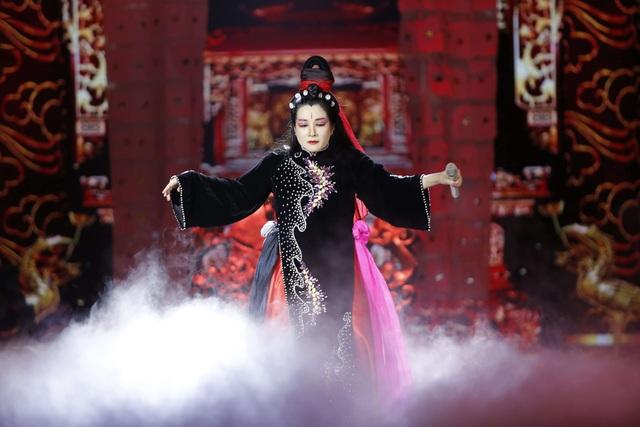Diva Mỹ Linh bị run và căng thẳng khi song ca với NSƯT Tấn Minh - 5