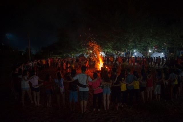 Chương trình Lửa trại được diễn ra trong không khí đầy mong chờ của các thành viên