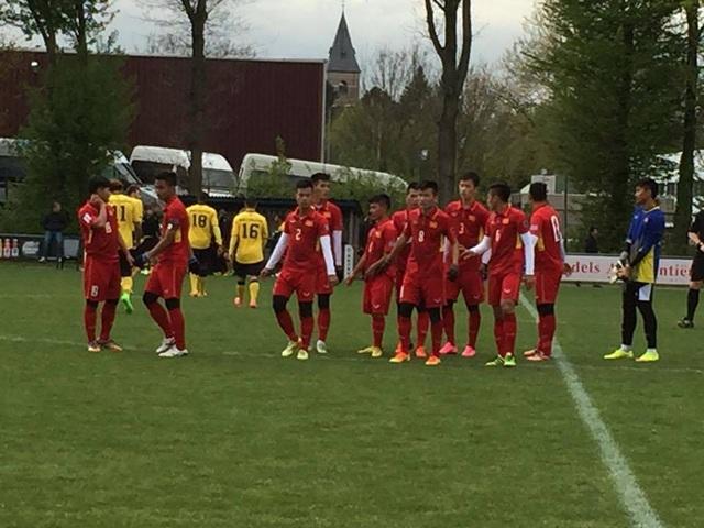 U20 Việt Nam thắng dễ U21 Roda JC 4-0