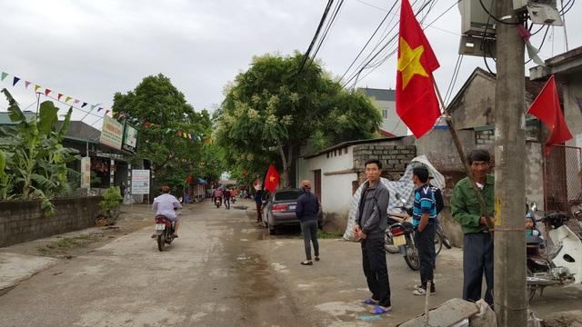 Chủ tịch Hà Nội hứa giải quyết bức xúc, dân Đồng Tâm phấn khởi thỏa lòng - 25