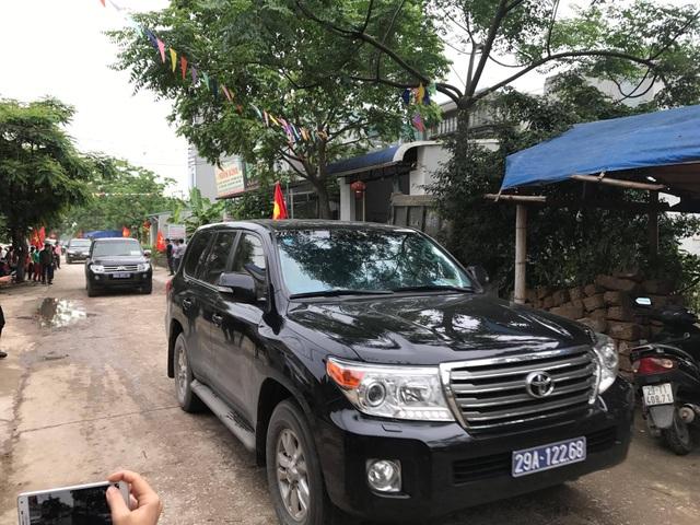 Chủ tịch Hà Nội hứa giải quyết bức xúc, dân Đồng Tâm phấn khởi thỏa lòng - 21