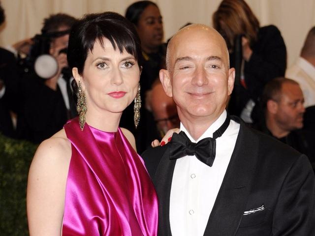 Tỷ phú Jeff Bezos và nữ nhà văn Mackenzie Bezos