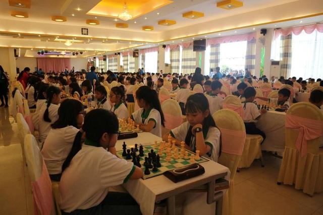 Hơn 900 VĐV tham dự Giải Cờ vua trẻ toàn quốc năm 2017