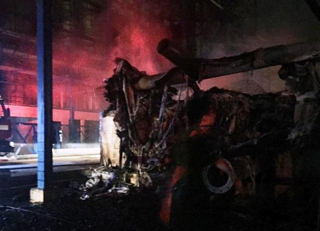 Vụ cháy đã khiến 5 tòa tháp làm mát của công ty bị thiêu rụi