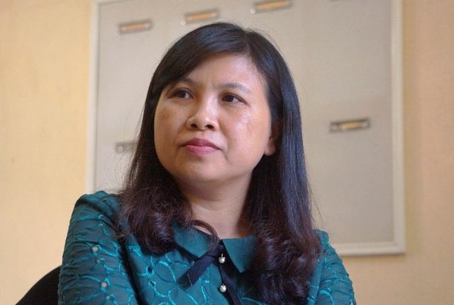 Cô Trần Thị Phương Thủy, Hiệu phó trường THPT Đông Sơn 2 chia sẻ với phóng viên