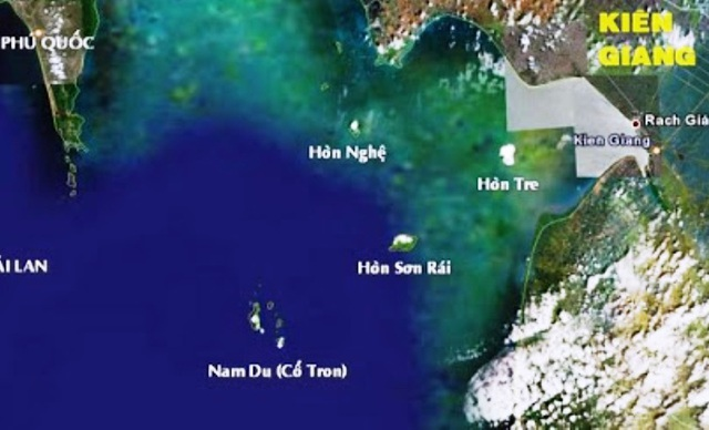 Theo Chủ tịch UBND xã An Sơn, sức khỏe 12 du khách gặp nạn trên vùng biển tối qua đã ổn định.