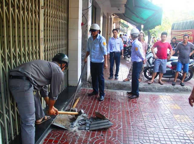 Ra quân lập lại trật tự vỉa hè tại TP Quy Nhơn (Bình Định)