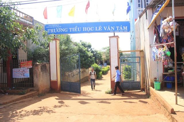 Trường TH Lê Văn Tám nơi xảy ra vụ việc
