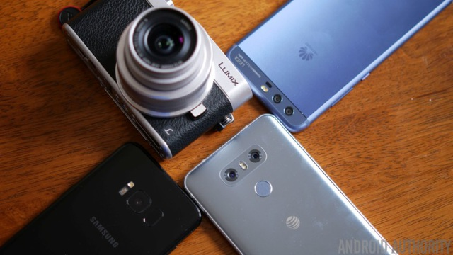 Smartphone ngày nay được trang bị khả năng chụp không hề thua kém so với máy ảnh chuyên nghiệp.