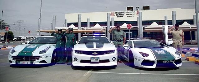 Chán siêu xe, cảnh sát Dubai chuyển sang môtô bay - 4