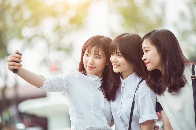 Du học sinh Việt cười khoe lúm đồng tiền khiến ngàn trái tim thương nhớ - 6