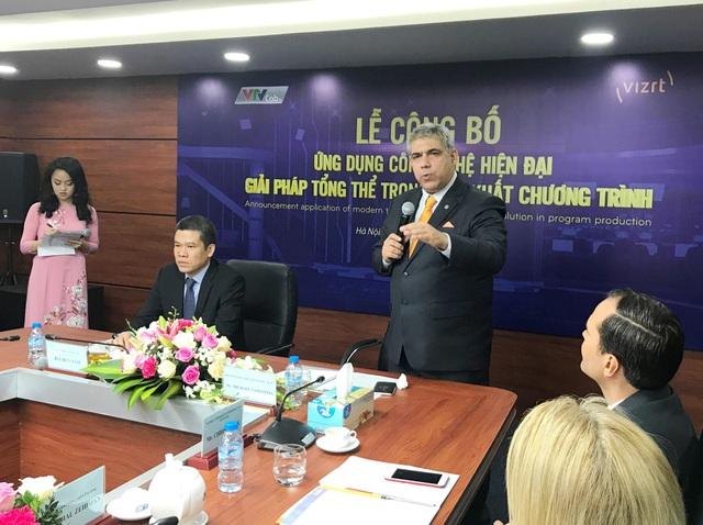 Ông Michael Namatitina - Chủ tịch Vizrt khu vực Châu Á Thái Bình Dương phát biểu tại buổi họp báo.