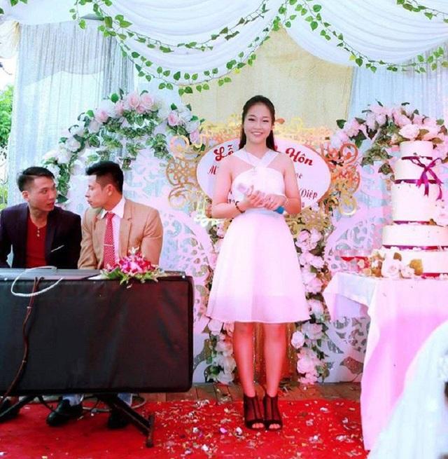 """Nữ sinh Thái Nguyên hát """"Sóng"""" của Xuân Quỳnh hút chục nghìn lượt cảm xúc - 2"""