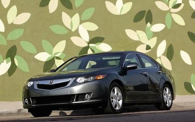 """Sở hữu tài sản """"khủng"""", 5 tỷ phú vẫn trung thành với ôtô rẻ tiền - 2"""