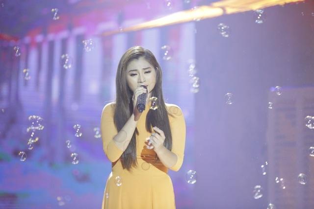 Diễn viên Thanh Trúc chọn ca khúc Tội tình để thể hiện phần thi của mình.