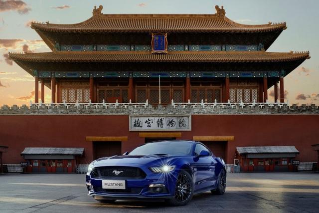 Ford sẽ trang bị động cơ hybrid cho Mustang và F-150 - 1