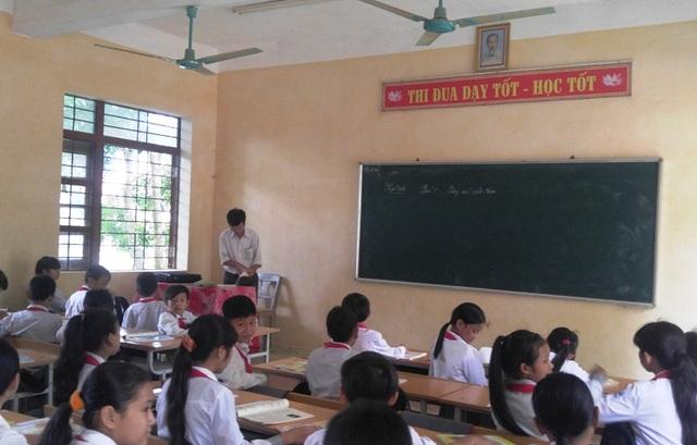 Chủ tịch tỉnh Thanh Hóa thống nhất áp dụng mức thu học phí đối với học sinh Mầm non, Phổ thông công lập trên địa bàn xã, phường miền núi, thuộc huyện miền xuôi, thị xã