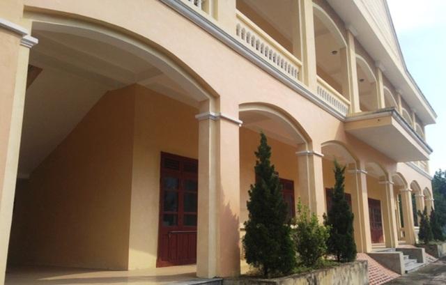 Trung tâm dạy nghề huyện Thường Xuân, Thanh Hóa được đầu tư hàng chục tỷ đồng nhưng vắng như Chùa Bà Đanh
