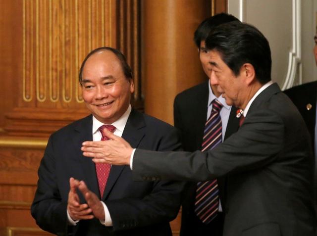 Sau hội đàm, lãnh đạo hai nước đã cuộc họp báo chung (Ảnh: Reuters)