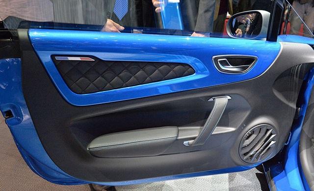 Alpine A110 có gì để cạnh tranh với Porsche 718 Cayman? - 3