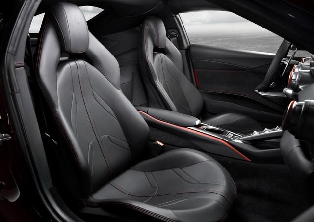 Diện kiến siêu xe mới nhất của Ferrari - 12