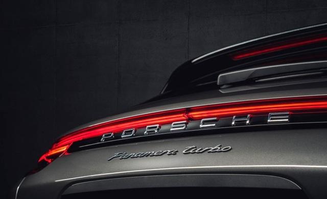 Panamera Sport Turismo 2018 - Xe wagon đầu tiên của Porsche - 10