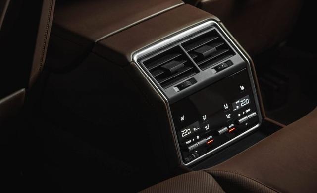 Panamera Sport Turismo 2018 - Xe wagon đầu tiên của Porsche - 16