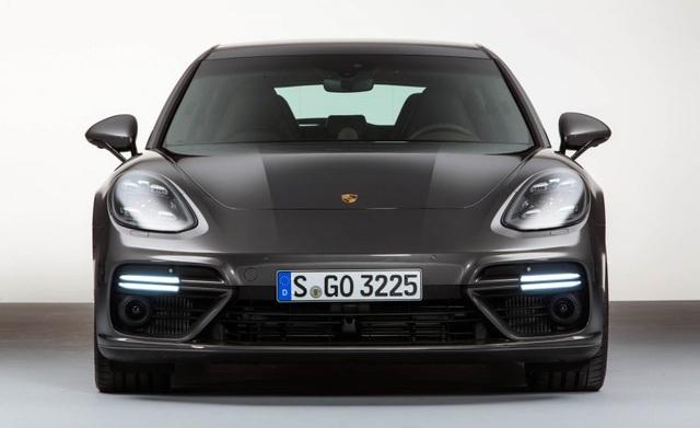 Panamera Sport Turismo 2018 - Xe wagon đầu tiên của Porsche - 6