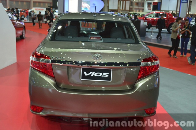 Cận cảnh Toyota Vios phiên bản nâng cấp 2017 - 29