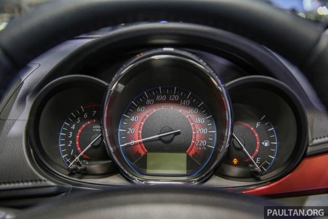Cận cảnh Toyota Vios phiên bản nâng cấp 2017 - 13