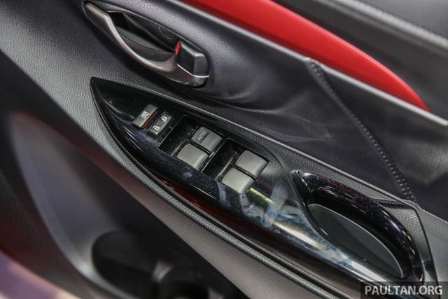 Cận cảnh Toyota Vios phiên bản nâng cấp 2017 - 19
