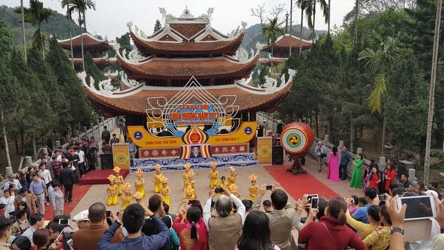 Lễ hội sẽ kéo dài từ ngày mùng 6 tháng Giêng tới hết tháng 3 âm lịch.