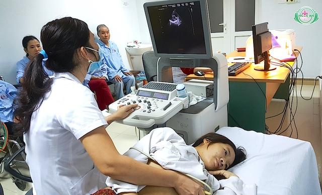 Bệnh nhân Hường đã qua giai đoạn nguy hiểm nhất và tiếp tục điều trị bệnh lý tim mạch.