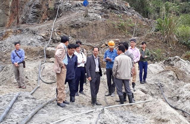 Ngày 15/3, đoàn công tác của Bộ TN&MT đã trực tiếp kiểm tra hiện trường đập chứa bùn thải từ quặng thiếc tại mỏ Suối Bắc (xã Châu Thành, huyện Quỳ Hợp, Nghệ An) bị vỡ vừa qua.