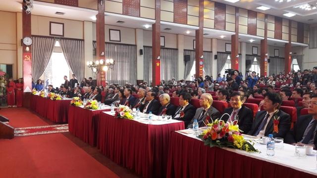Các đại biểu về dự lễ Kỷ niệm 55 năm ngày truyền thống Học viện Báo chí & Tuyên truyền