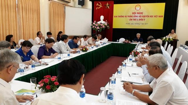 Hội Nghị Ban thường vụ TW Hội Khuyến học Việt Nam lần thứ 3, Khóa V - 1