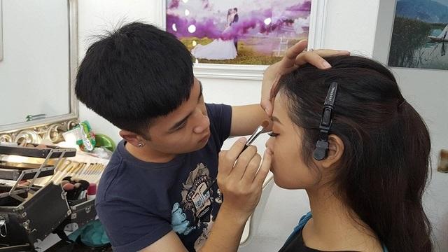 8 năm trong nghề, Hải Phong đã gặp phải rất nhiều tình huống trớ trêu