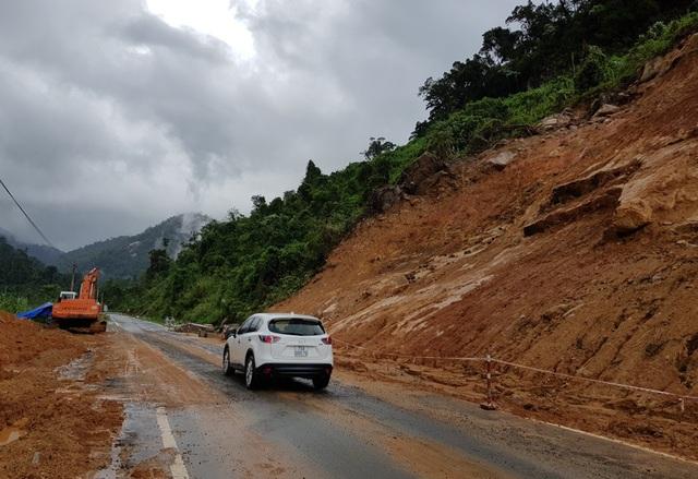 Thời gian gần đây, quốc lộ 27C thường hay xảy ra sạt lở nghiêm trọng sau khi có mưa lớn kéo dài