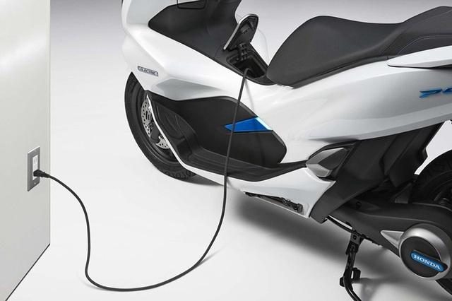 Honda ra mắt PCX dùng động cơ hybrid - 1