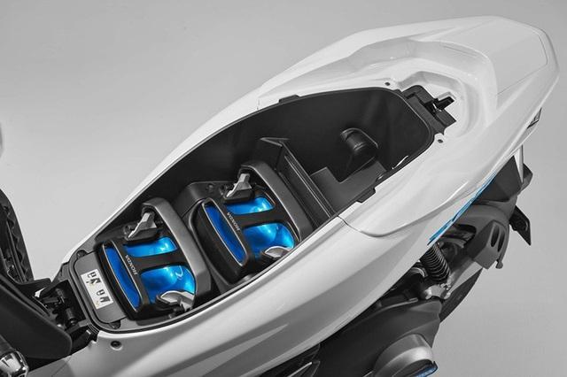 Honda ra mắt PCX dùng động cơ hybrid - 6