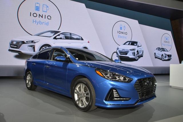 Hyundai Sonata 2018 phiên bản Mỹ ra mắt - 1