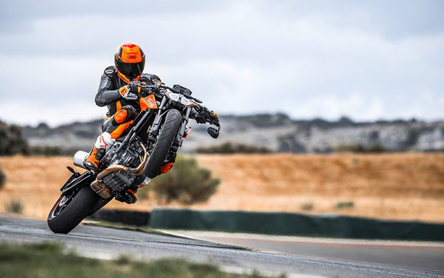 KTM ra mắt Duke 790 hoàn toàn mới - 2