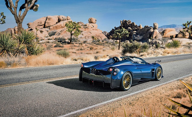 Siêu xe Pagani Huayra Roadster chưa ra mắt đã hết hàng - 16