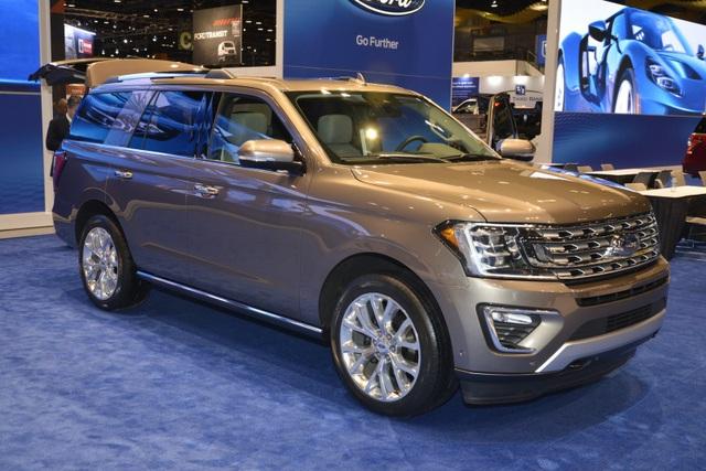 Ford vừa trình làng mẫu xe Expedition 2018 với kiểu dáng thay đổi hoàn toàn so với trước.