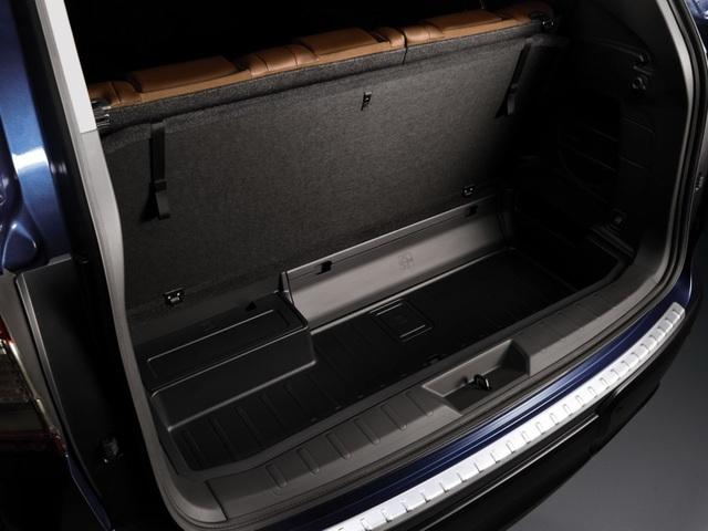 SUV lớn nhất của Subaru chính thức ra mắt - 8