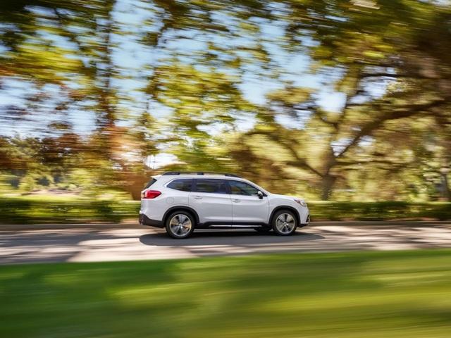 SUV lớn nhất của Subaru chính thức ra mắt - 5
