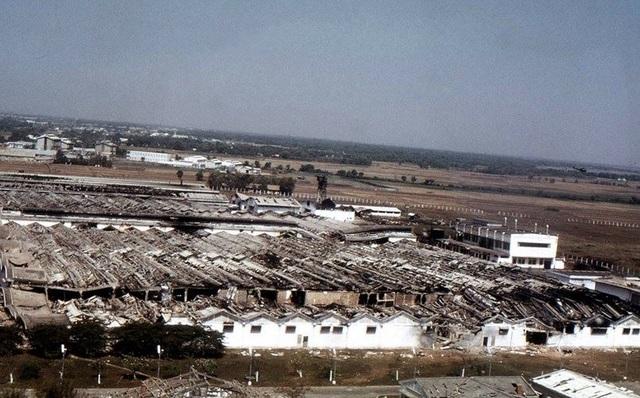 Nhà máy dệt Vinatexco, nơi đại đội 3 và lực lượng trợ chiến tiểu đoàn 16 cố thủ bị địch oanh tạc khủng khiếp. (Ảnh tư liệu)