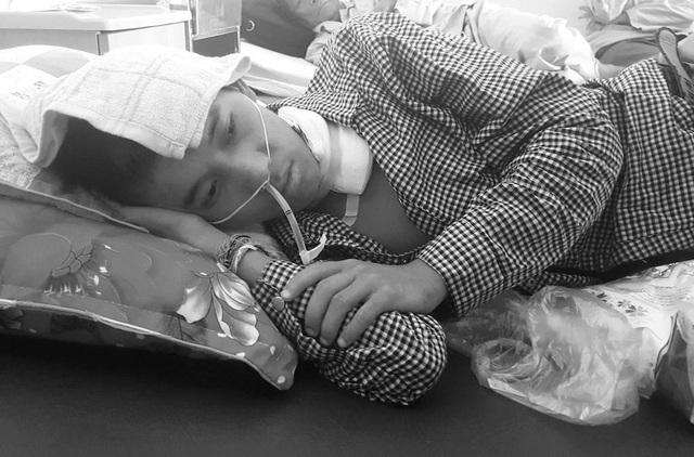 Và Lào Phống những ngày điều trị tại bệnh viện hữu nghị đa khoa Nghệ An.