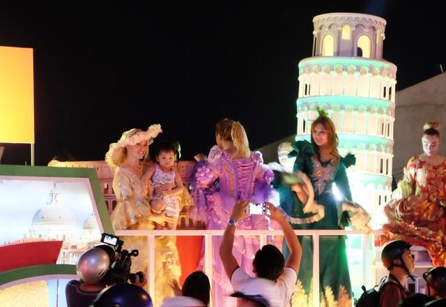 Tưng bừng lễ hội đường phố ở Đà Nẵng - 10